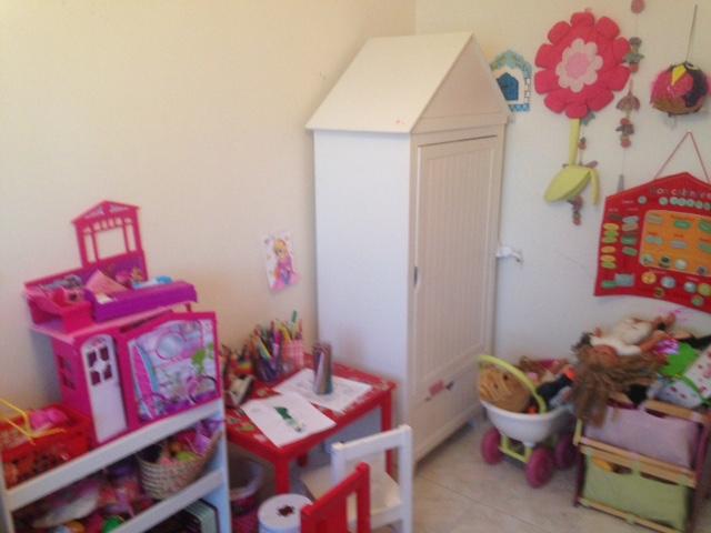 Impossible de tout caser dans petite chambre (<10m2) de fille !! Img_9012