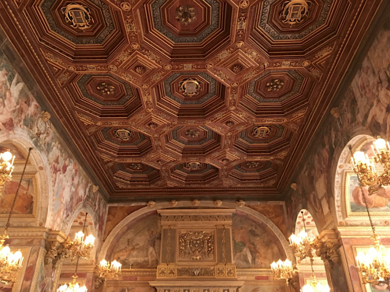 Fontainebleau Salle-de-Bal Rois du Monde Collection Al Thani Captu122