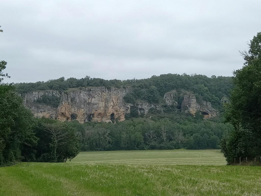 petite randonnée dans le Morvan Falais12