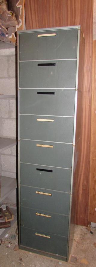 CASIERS métalliques  VINTAGE à CLAPET Img_8613