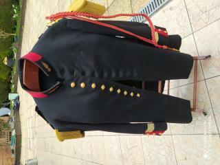 Uniforme à identifier: Grande tenue 1931 de capitaine d'Infanterie 15836618