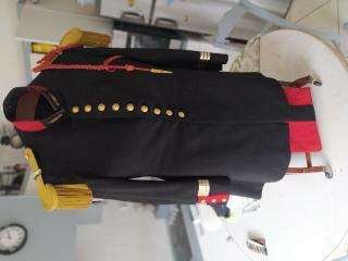 Uniforme à identifier: Grande tenue 1931 de capitaine d'Infanterie 15841916