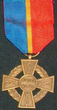 Croix d'Honneur des Evadés de Belgique Croix_11
