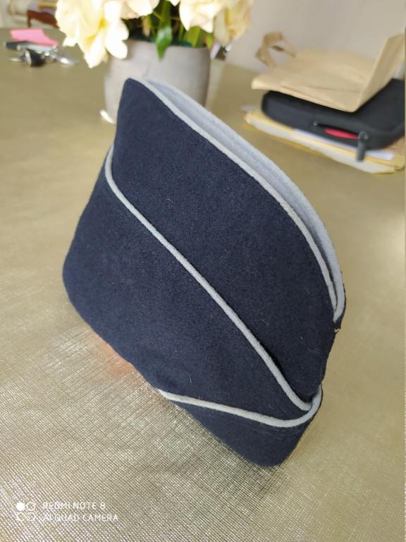 "Bonnet de police ""Intendance"" identifié Img_2061"