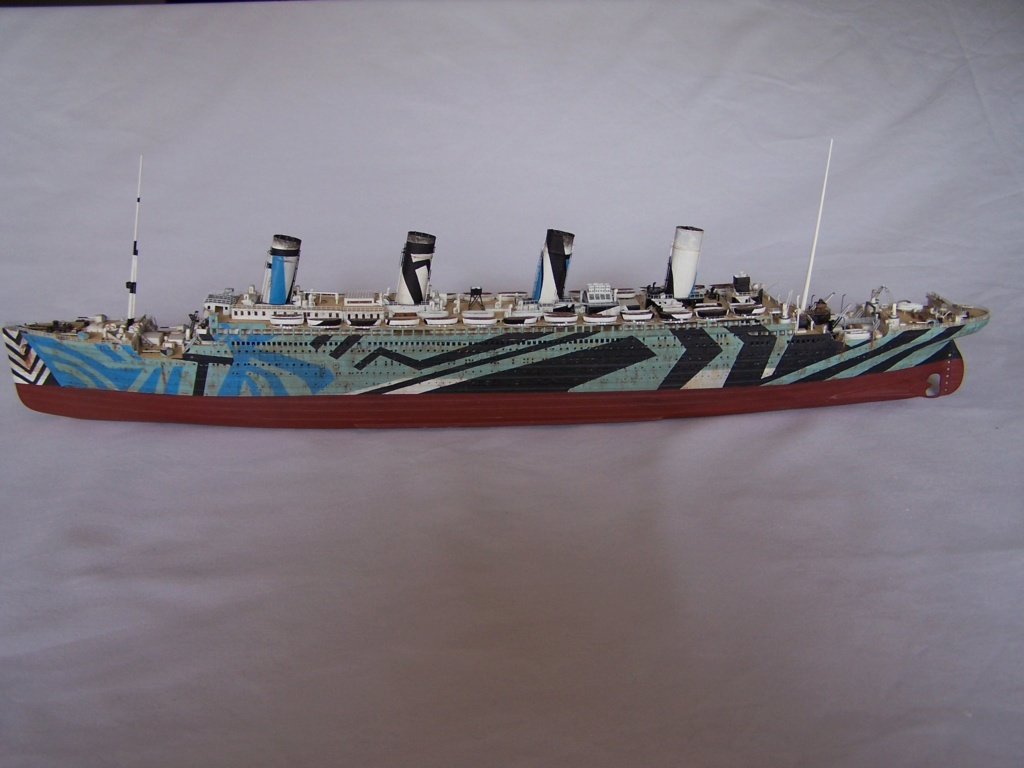 HMT Olympic dazzle. revell 1/570. - Page 7 100_5812