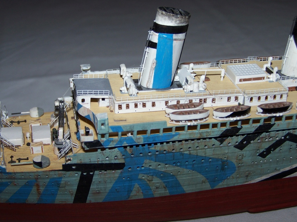 HMT Olympic dazzle. revell 1/570. - Page 7 100_5913