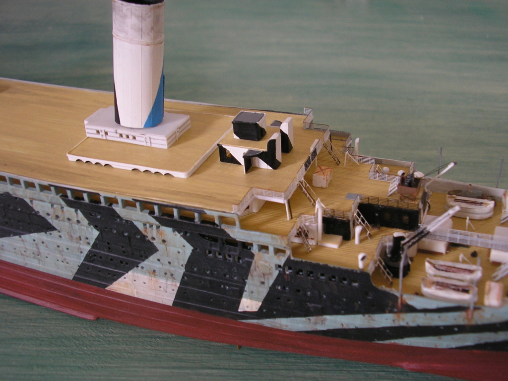 HMT Olympic dazzle. revell 1/570. - Page 5 P9160711