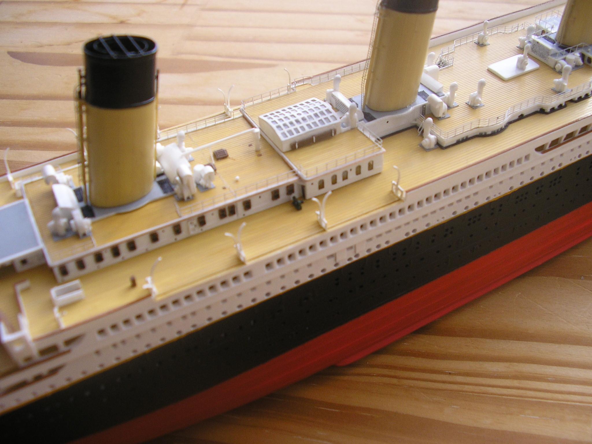 RMS Titanic-Revell 1/570 Pc270011