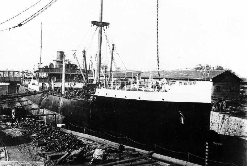 Croiseur cuirassé Dupuy de Lôme 1/600 par chris... Peruvi10