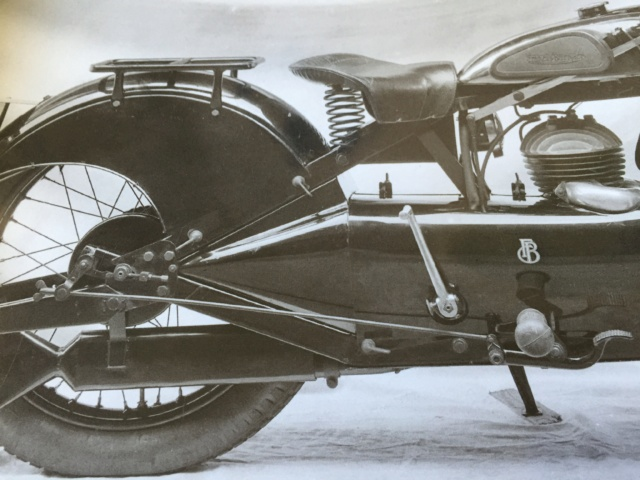 rear - FB Cruiser early 30's help with bike specs 04636e10