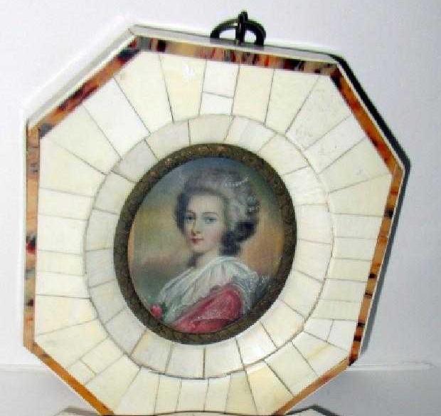 Le premier portrait de Marie Antoinette peint par Vigée Lebrun? - Page 3 Duskov10
