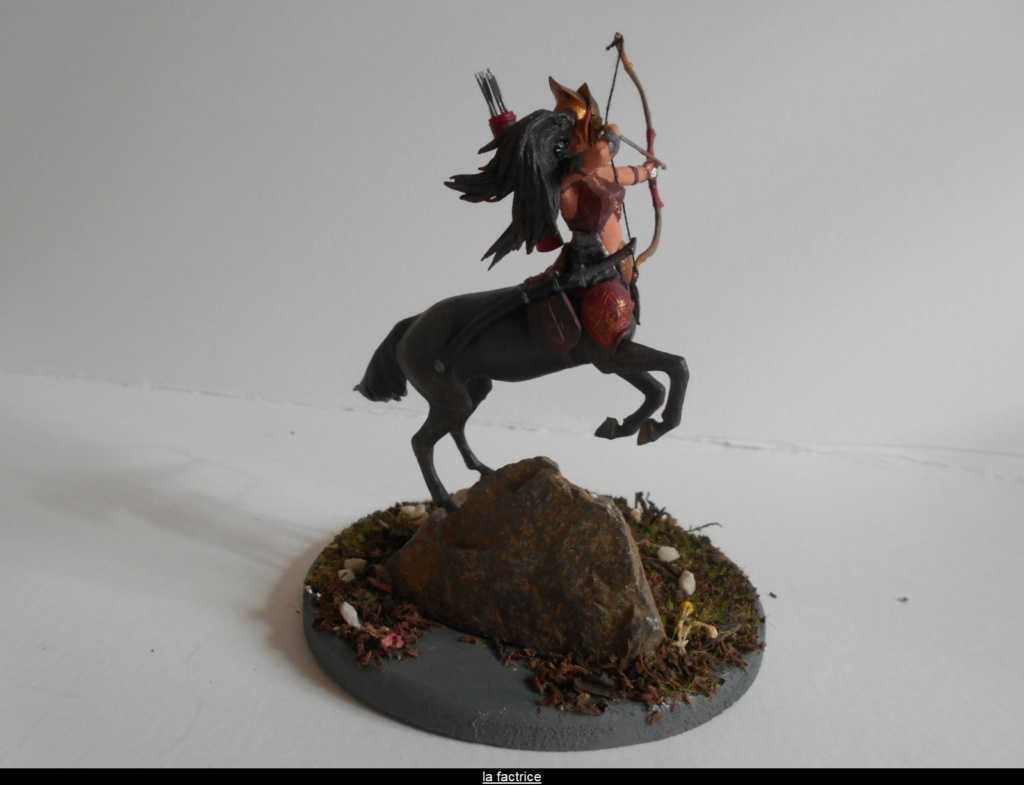 "MASTER BOX Ancient Greek Myths Series ""Centaur""  au 1:24  [ fini ] Dscn2440"