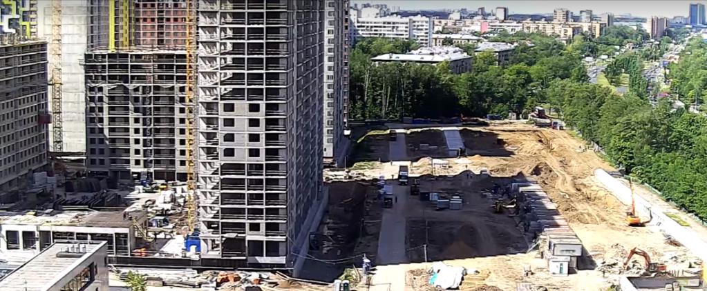 """На ЖК """"Летний сад"""" - начался монтаж фасадных конструкций корпусов второй очереди строительства 27e110"""