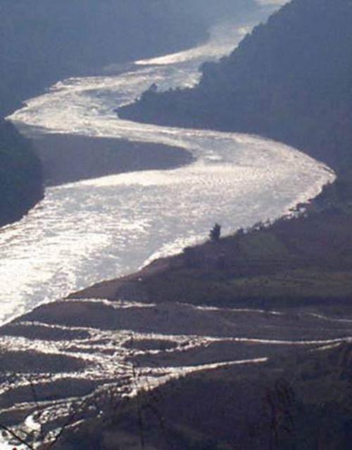 Dòng sông đóng băng (thơ 4 câu dp) 0211