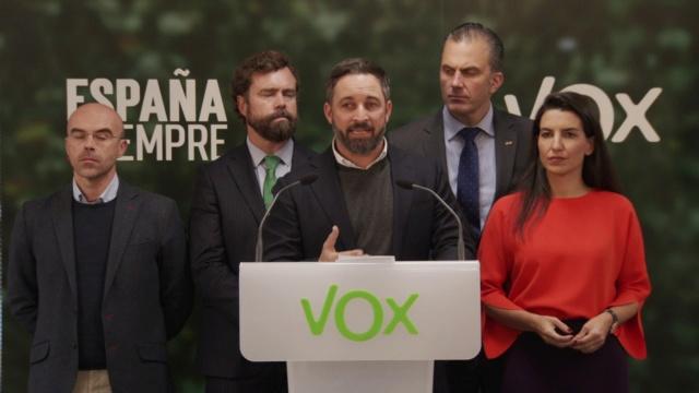 """[VOX] Santiago Abascal """"No pedimos al Presidente del Gobierno que comparezca en el Congreso de los Diputados, le exigimos que dimita de inmediato por su deslealtad a España"""" Maxres11"""