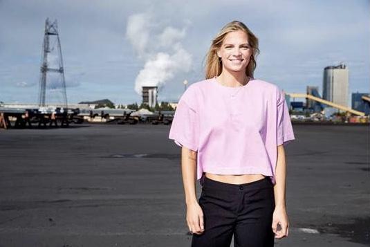 Josefine Persson  7f09ba10