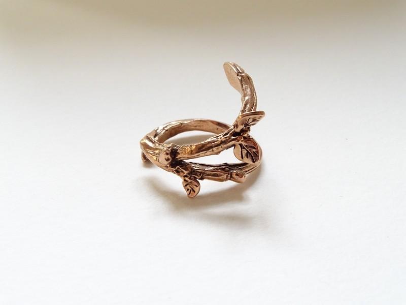 bronze doré et béton Dsc01111