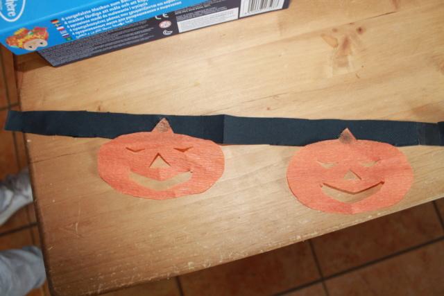 Les guirlandes d' Halloween  Img_8314
