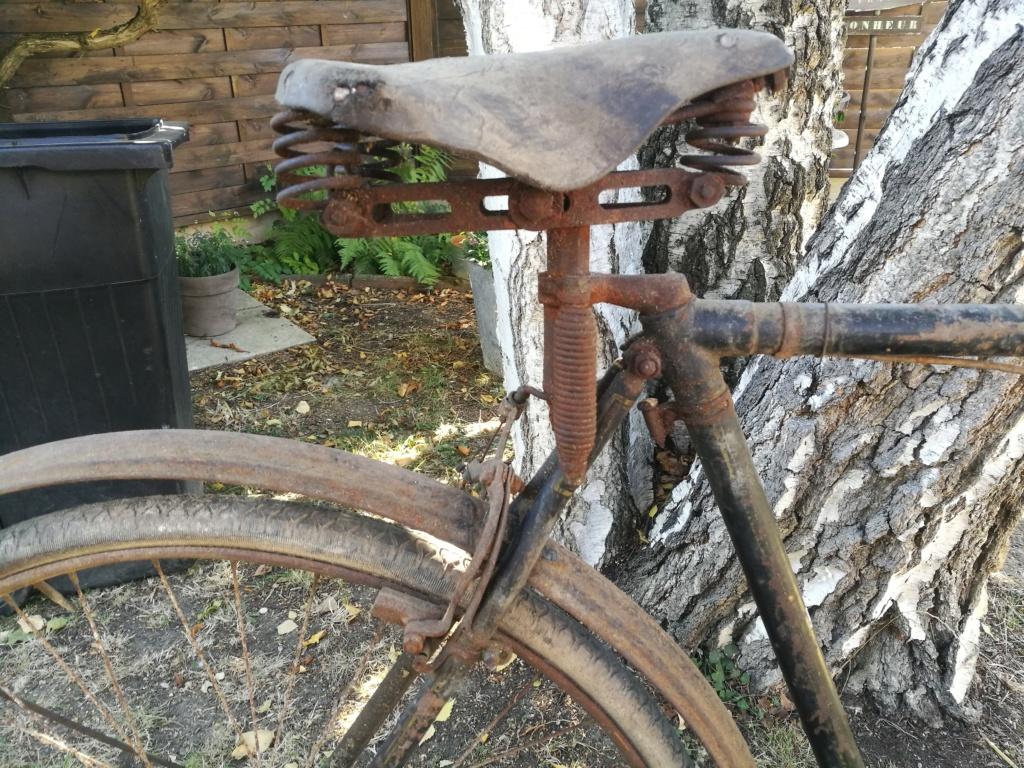 Vélo Armington années 20? 30? Img_2150