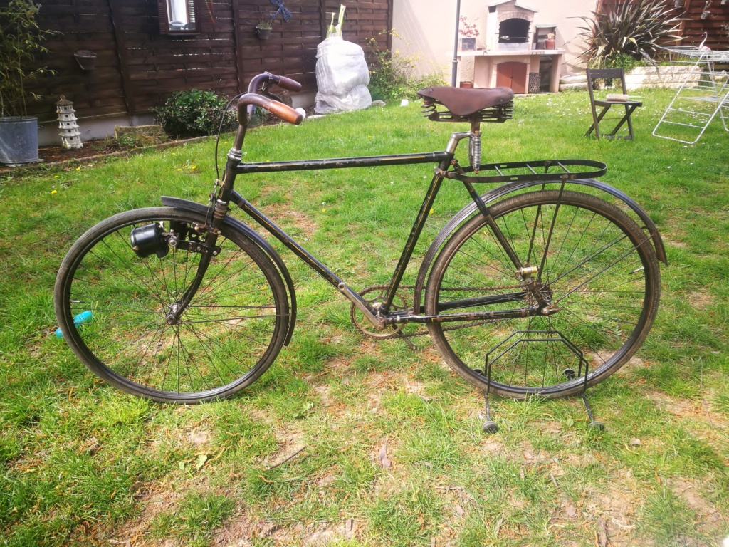 Vélo Armington années 20? 30? Img_2221