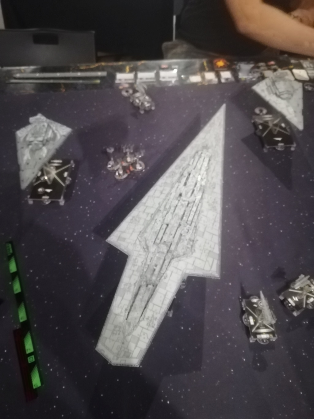SSD Ravager vs Vader double Cymoon Img_2013