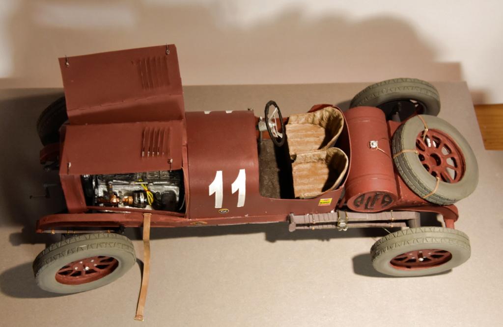 Alfa Romeo G1 von TK Papercraft geb von Kubi - Seite 3 Dsc_1857