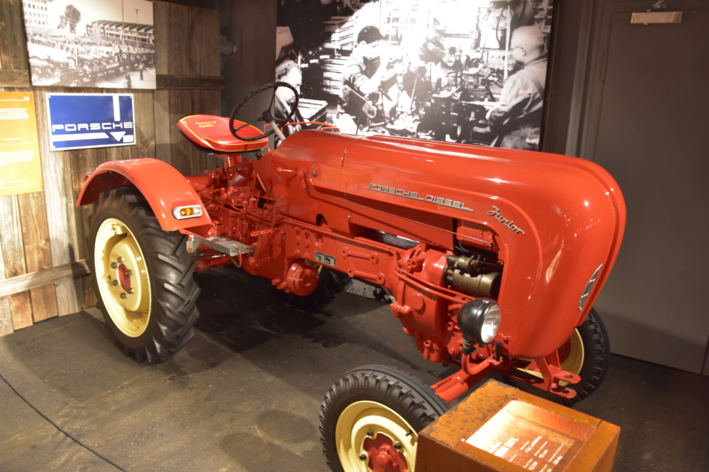 Traktor Porsche Diesel Revell 1:24 - gebaut von Klausgrimma Dsc_2771