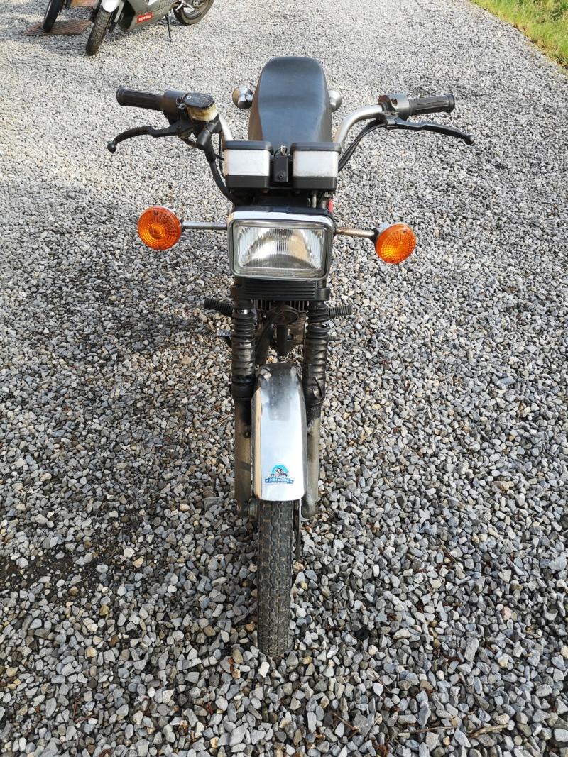 Suzuki ZR Img_2069