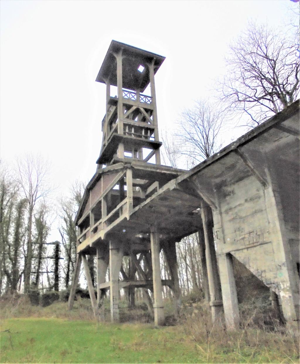 Anciennes mines et carrières fin XXIX début XX° siècle Dsc01421