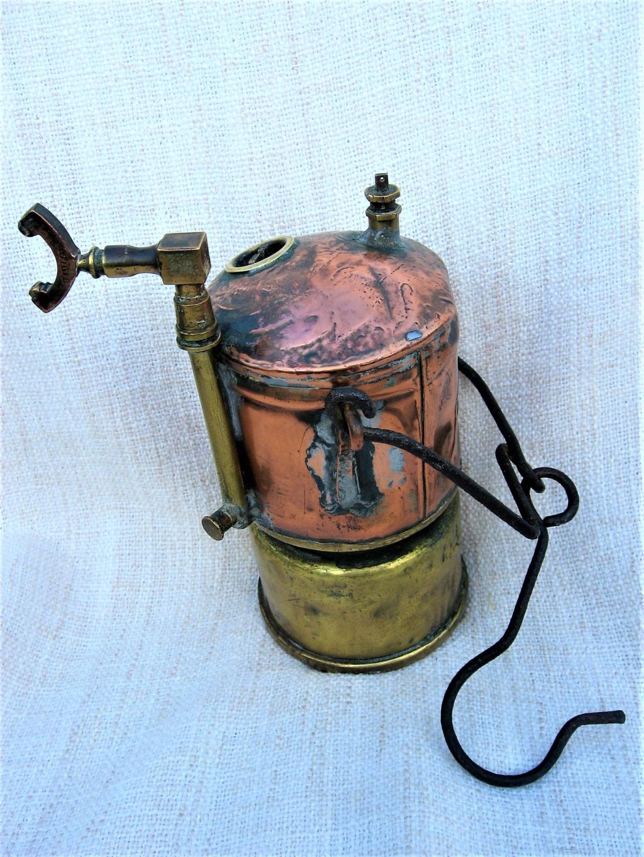 lampes de mineurs,  divers objets de mine, outils de mineur et documents  - Page 10 Img_2220