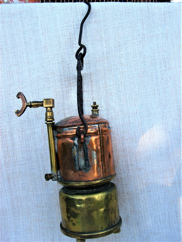 lampes de mineurs,  divers objets de mine, outils de mineur et documents  - Page 10 Img_2221