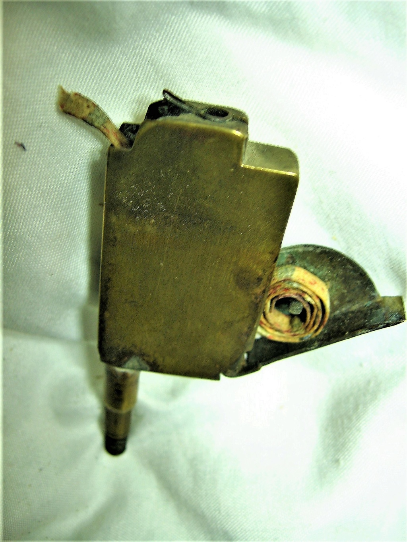 lampes de mineurs,  divers objets de mine, outils de mineur et documents  - Page 10 Img_2724