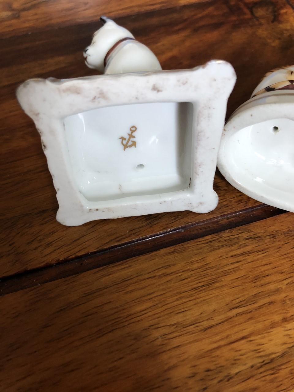 Porcelain Cats Gold Anchor Cat_210