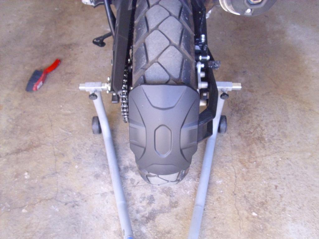 Béquille ou leve moto  Dsci0410