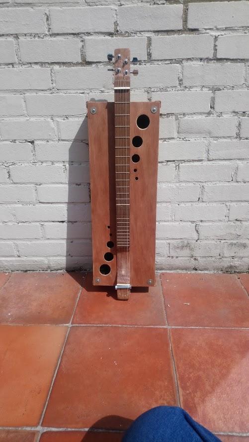 Un autre style d'instrument Dulcimer Dsc_0010