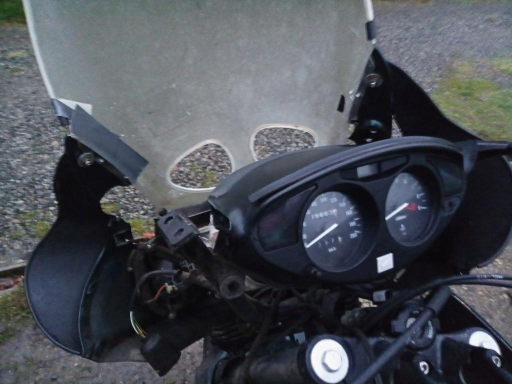 Deauville 650 : modèle 2001 : premières impressions Img_2011