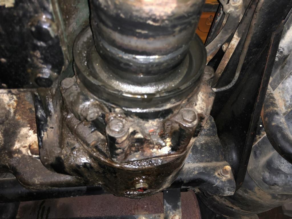 renseignement fuite d'huile sortie de boite (joint spi avant)  Img_2210