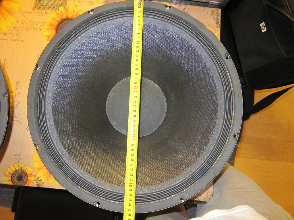 Coppia Woofer Goldwood 1858 46cm per dipolo Pimg_411