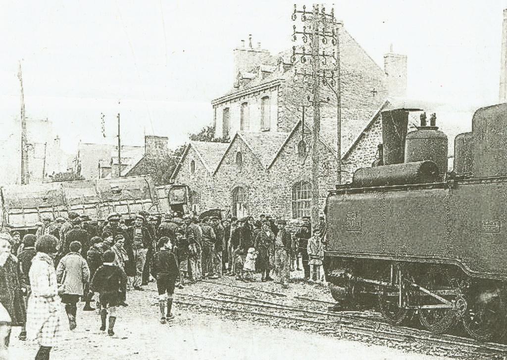 Pk 679,7 : Gare de Concarneau (29) - Page 3 31032011