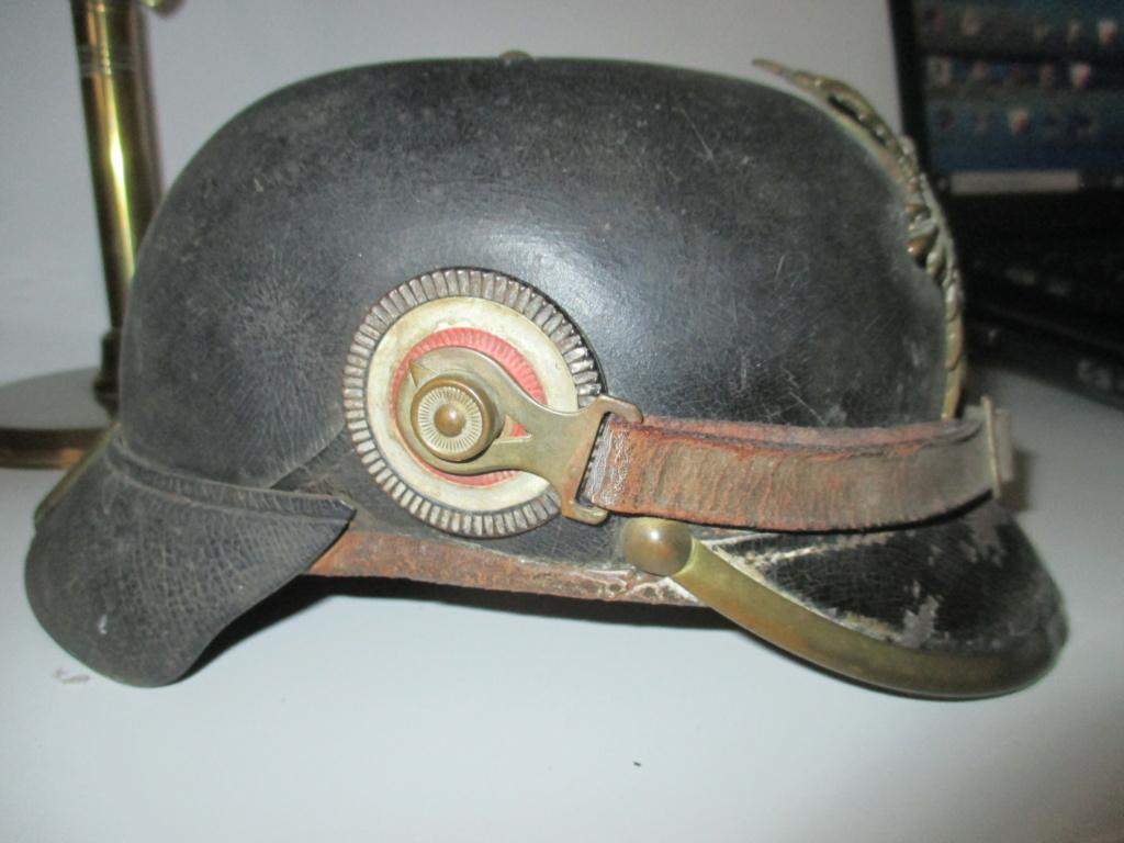 Modèle de casque à pointe 100 saxon  Img_1410