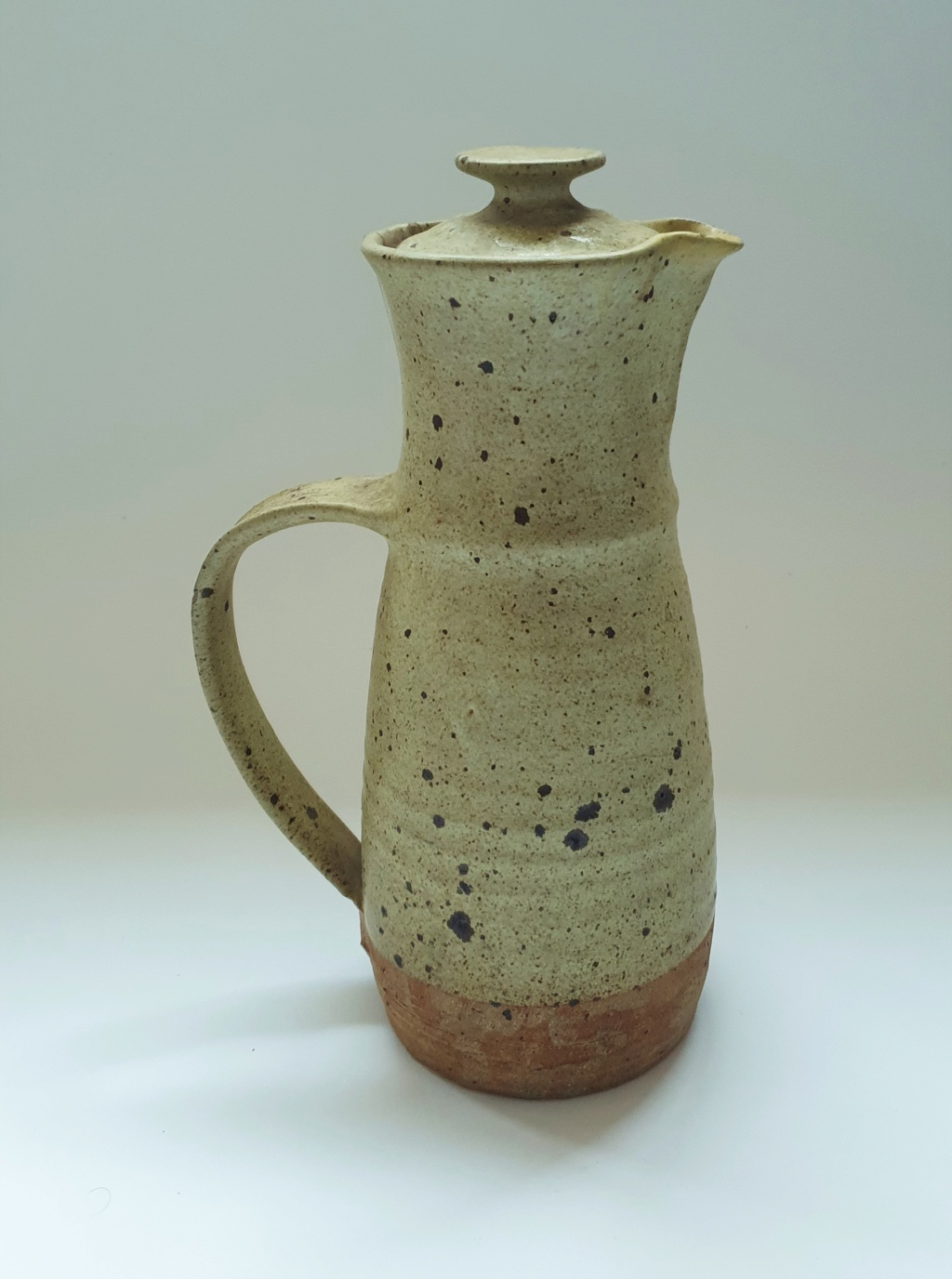 large lidded jug ID with PM mark  20200712