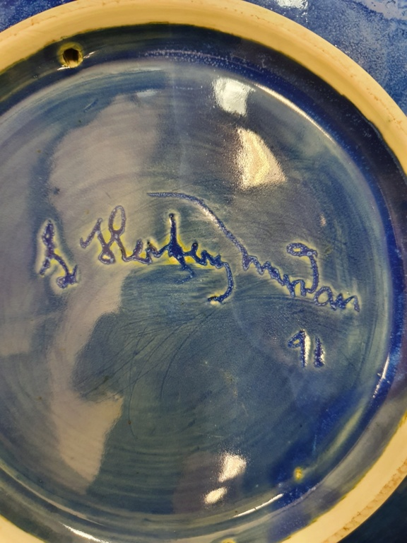 large scalloped blue bowl 20200815