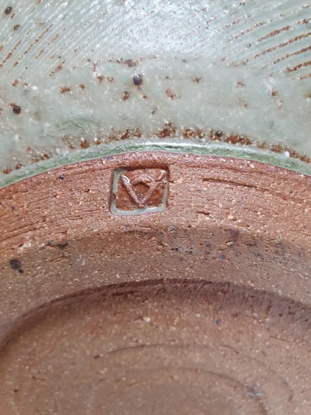 Studio pottery ID A or V mark 20210715