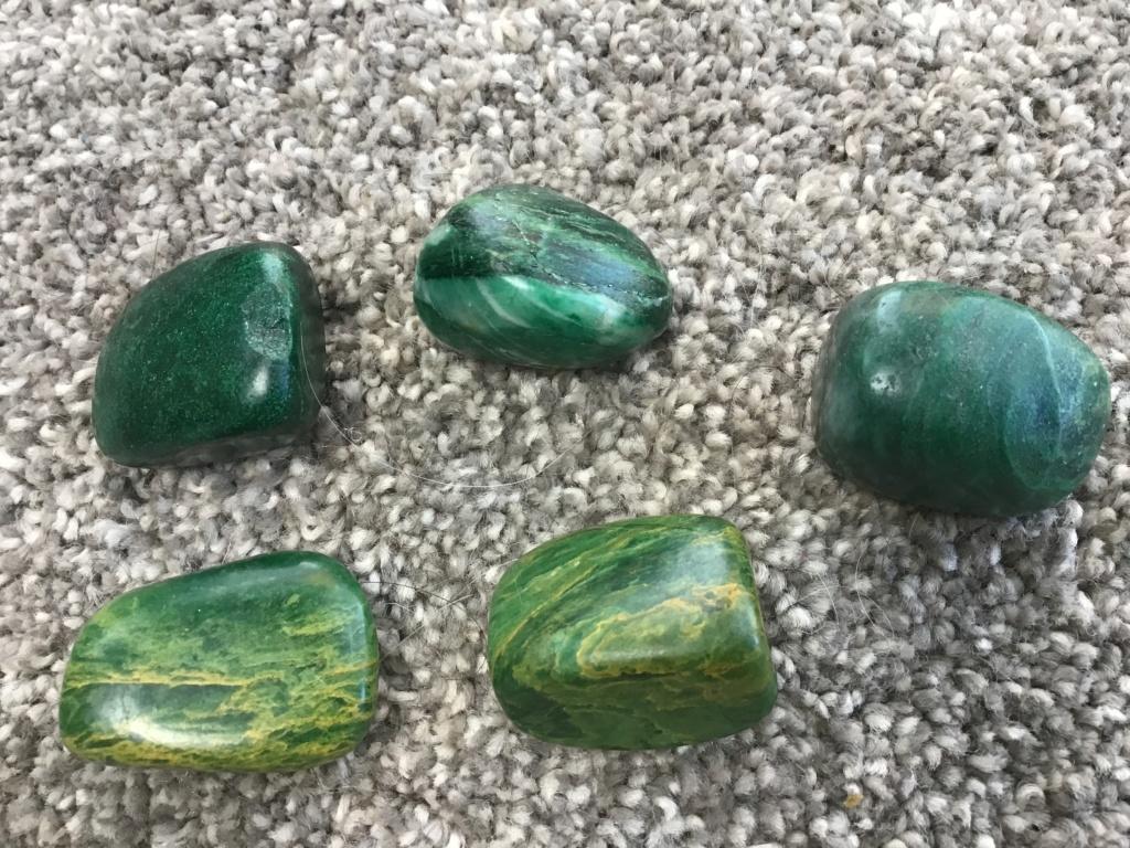 Quel est cette pierre ? D59eff10