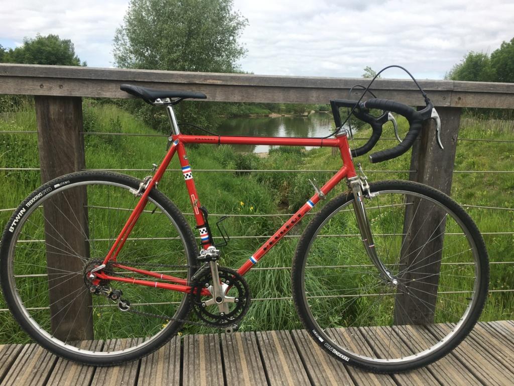 PR10 gris , enfin devenu rouge 5883af10