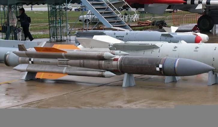 الصواريخ و القنابل و الطوربيدات التي تم استلامها من قبل القوات المسلحة المصرية مؤخرا  11643610