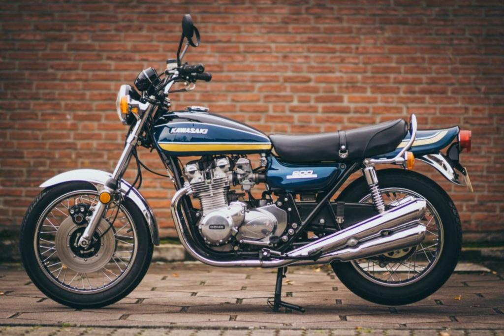 KAWASAKI 900 Z1 DE JOHNNY HALLYDAY ( 1974 ) 9b1d5510