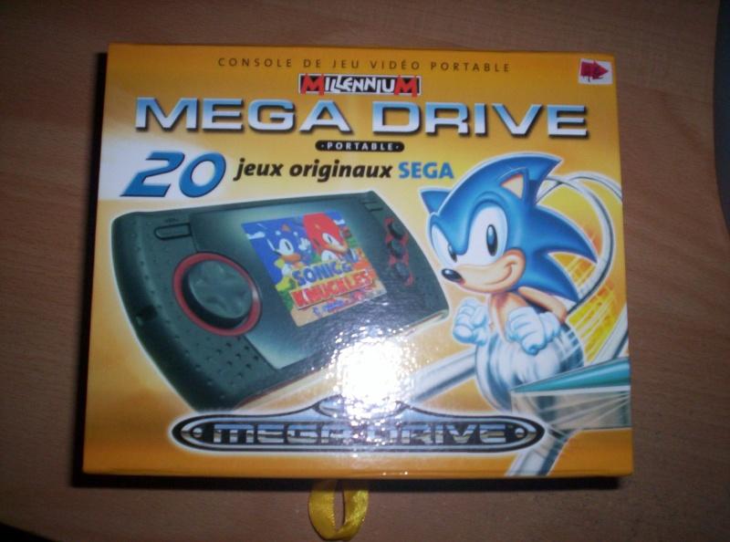 Megadrive Portable 6 boutons + SD à 30 euros ! 100_3810