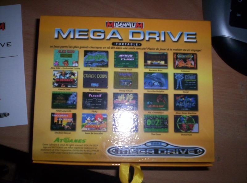 Megadrive Portable 6 boutons + SD à 30 euros ! 100_3812