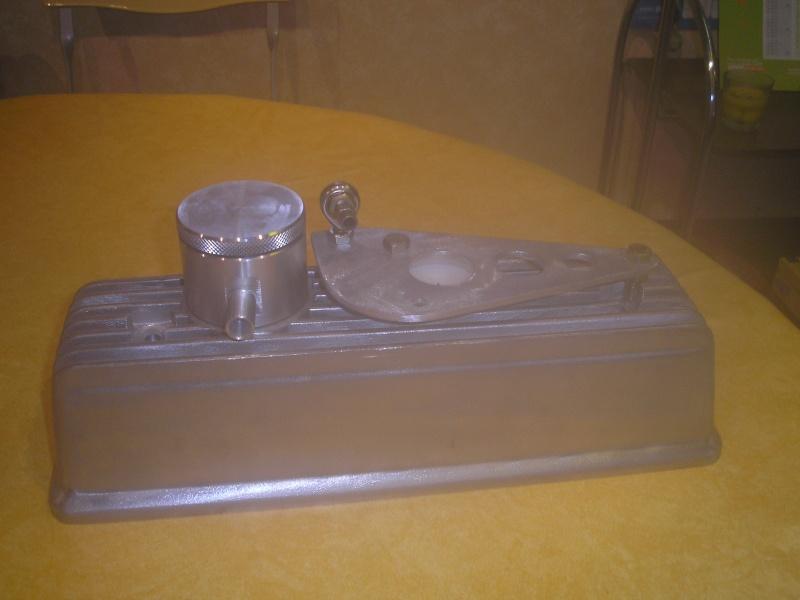 composition des pieces du couvre culasse P4130012